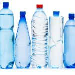 Вода в пластиковой бутылке: в чём опасность
