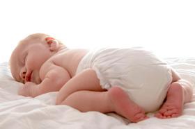 Какие памперсы лучше для новорожденного